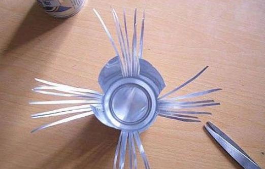 易拉罐做椅子的方法步骤 如何利用易拉罐做椅子